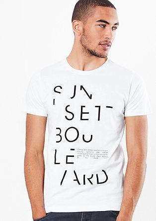 Lahka majica z napisom