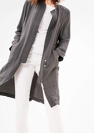 Leichter Mantel mit Crinkle-Effekt