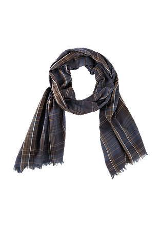 Leichter Schal im Karo-Design