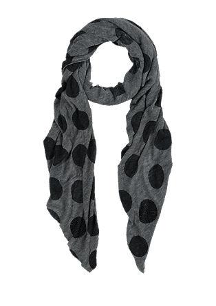 Leichter XL-Schal mit Punkten