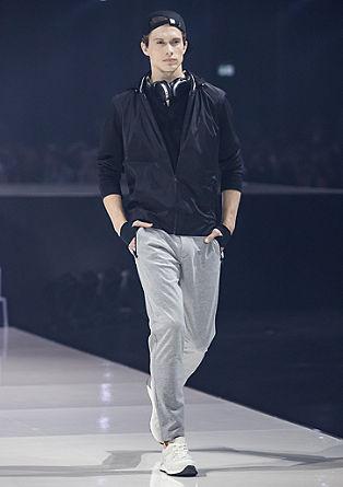 Levio Slim: športne hlače iz džersija