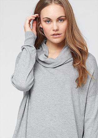 Ležeren pulover s puli ovratnikom