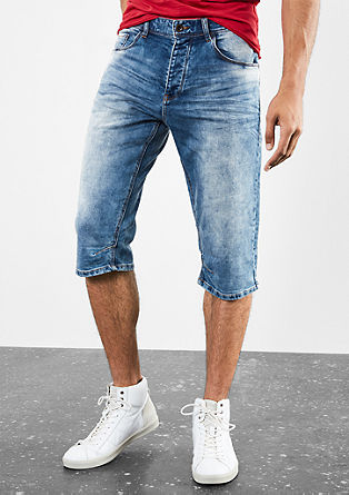 Liam Straight: Stretchy Bermudas from s.Oliver