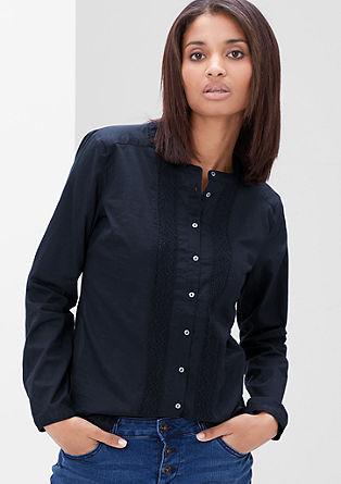 Luchtige blouse met gehaakte kant