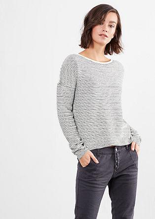 Luchtige trui in een gestreepte look