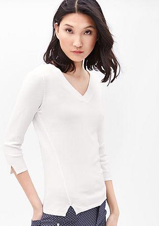Luchtige trui met een V-hals