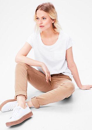 Majica iz plamenaste preje s prsnim žepom