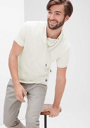 Majica iz plamenaste preje s širšim puli ovratnikom