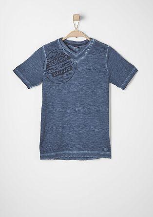 Majica v videzu pigmentiranega barvanja