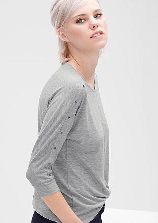 Majica velikega kroja z okrasnimi gumbi
