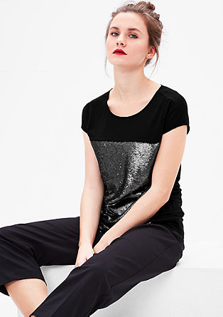Majica z bleščicami na sprednji strani