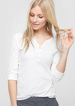Majica z dolgimi rokavi in gumbi iz biserne matice