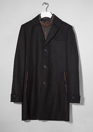 Mantel met wol en een visgraatdessin