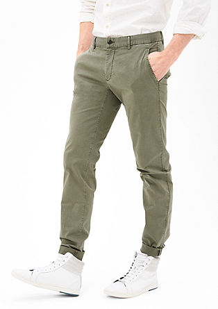 Mauro Slim: garment-dyed chinos from s.Oliver