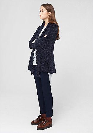Mehka in topla pletena jakna iz elegantne preje