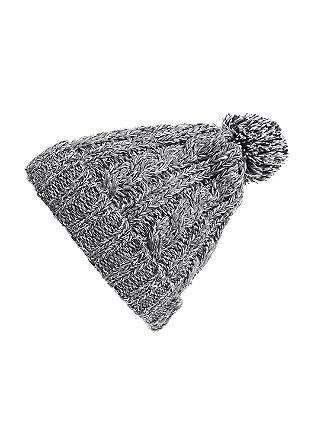 Melirana grobo pletena kapa