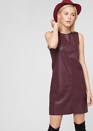 Mouwloze jurk van imitatieleer