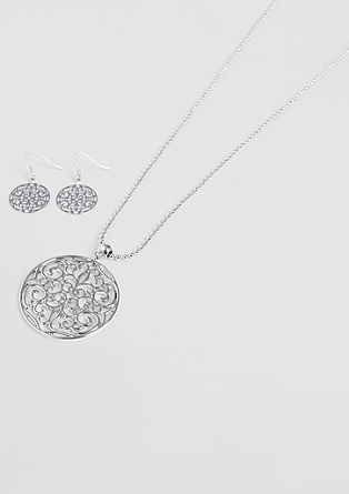 Necklace and earring set from s.Oliver