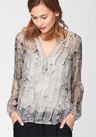 Nežna svilena bluza