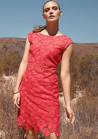 Obleka do kolen iz cvetlične čipke