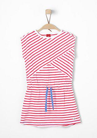 Obleka iz džersija s črtami