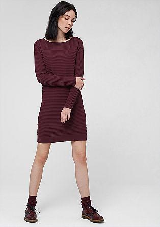 Obleka s prednjim delom iz rebraste pletenine