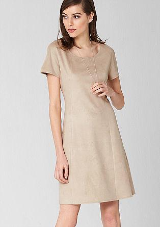 Obleka v videzu velurnega usnja