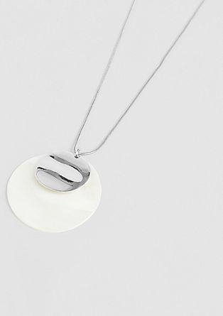 Ogrlica z obeskom v obliki školjke