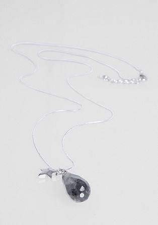 Ogrlica z okrasnim kamnom in obeskom v obliki zveze