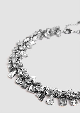 Opulent necklace with gemstones from s.Oliver