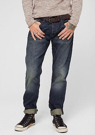 Pete Straight: Used-Jeans mit Gürtel