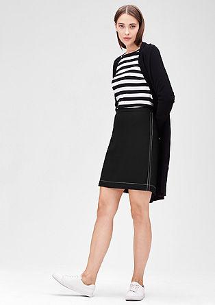 Piké sukně s kontrastními švy