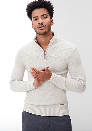 Pleten pulover meliranega videza