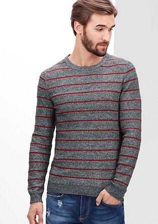 Pleten pulover s črtami