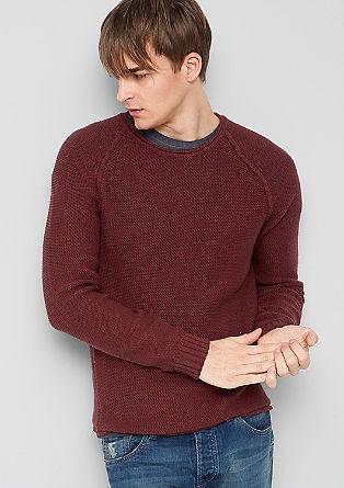 Pleten pulover s poudarjenimi šivi