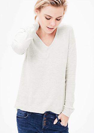 Pleten pulover s progami s teksturo
