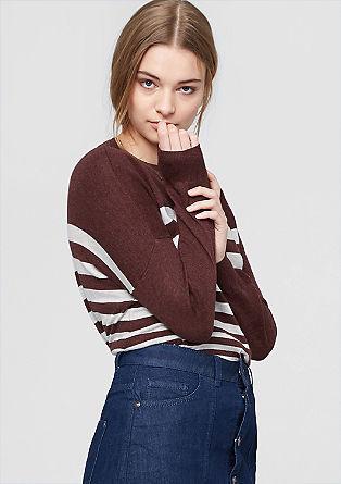 Pleten pulover z okrasno zadrgo