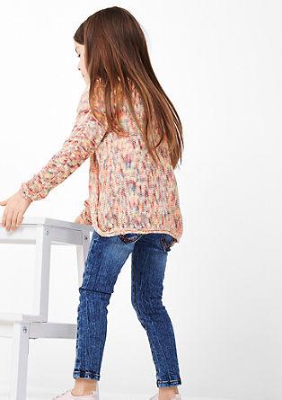 Pletena jopa v vpadljivih barvah