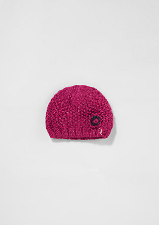 Podložena, grobo pletena kapa