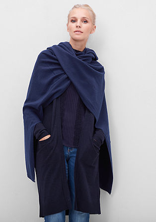 Poncho in cashmere, silk and wool from s.Oliver