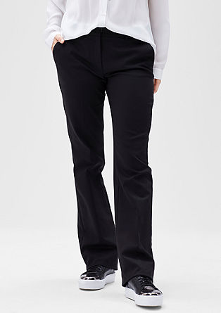 Poslovne hlače z ravnimi hlačnicami