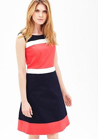 Pouzdrové šaty s barevnými bloky