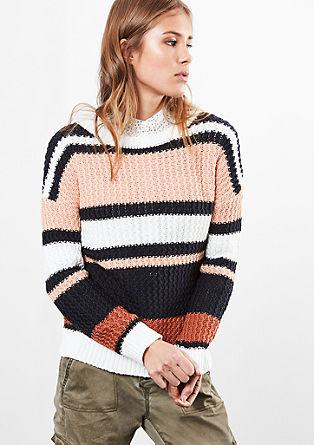 Proužkovaný pulovr ze vzorované pleteniny