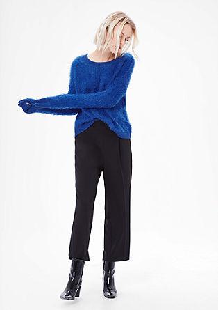 Puhasto mehek pulover iz efektne preje