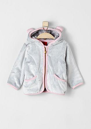 Puhasto mehka jakna z ljubko kapuco