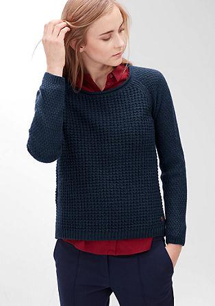 Pulover iz vzorčaste pletenine