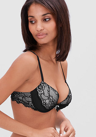 Push-up bra with lots of lace from s.Oliver