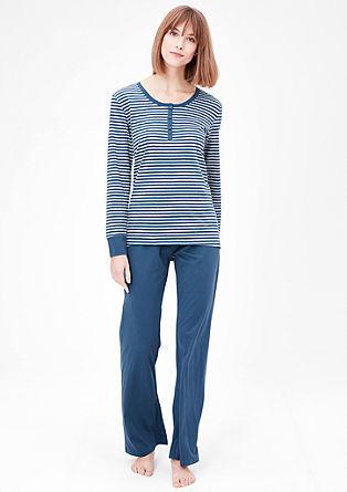 Pyjama mit Streifenshirt
