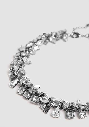 Razkošna ogrlica z okrasnimi kamni