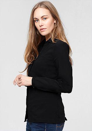 Raztegljiva bluza z V-izrezom